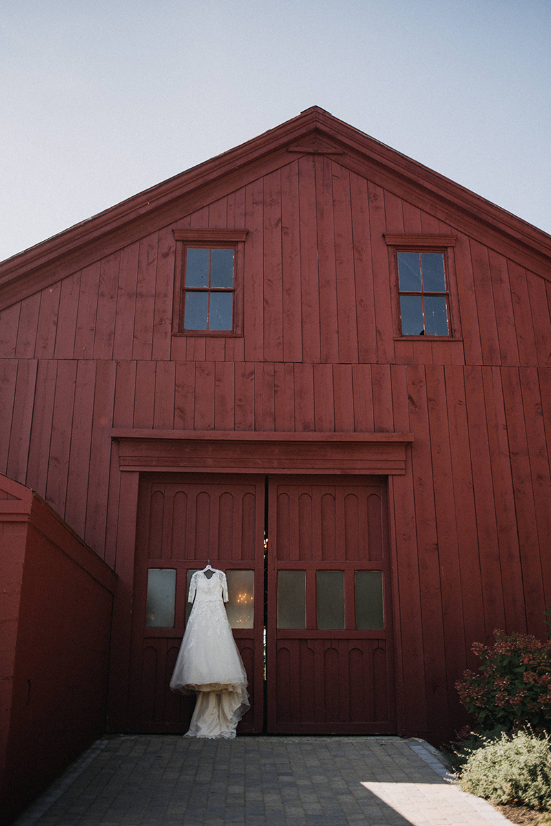 Collin and Abigail got married at William Allen Farm in Pownal, Maine by  A Sweet Start  | Photos by  Cortney Vamvakias Photography