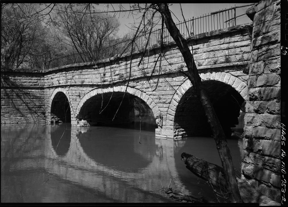 CatoctinAqueductPre1973.jpg
