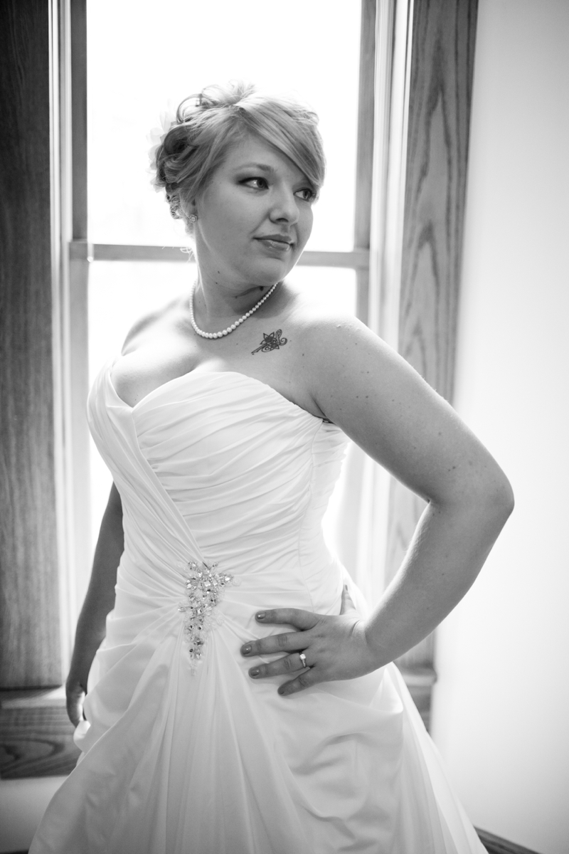Teake..such a gorgeous bride!