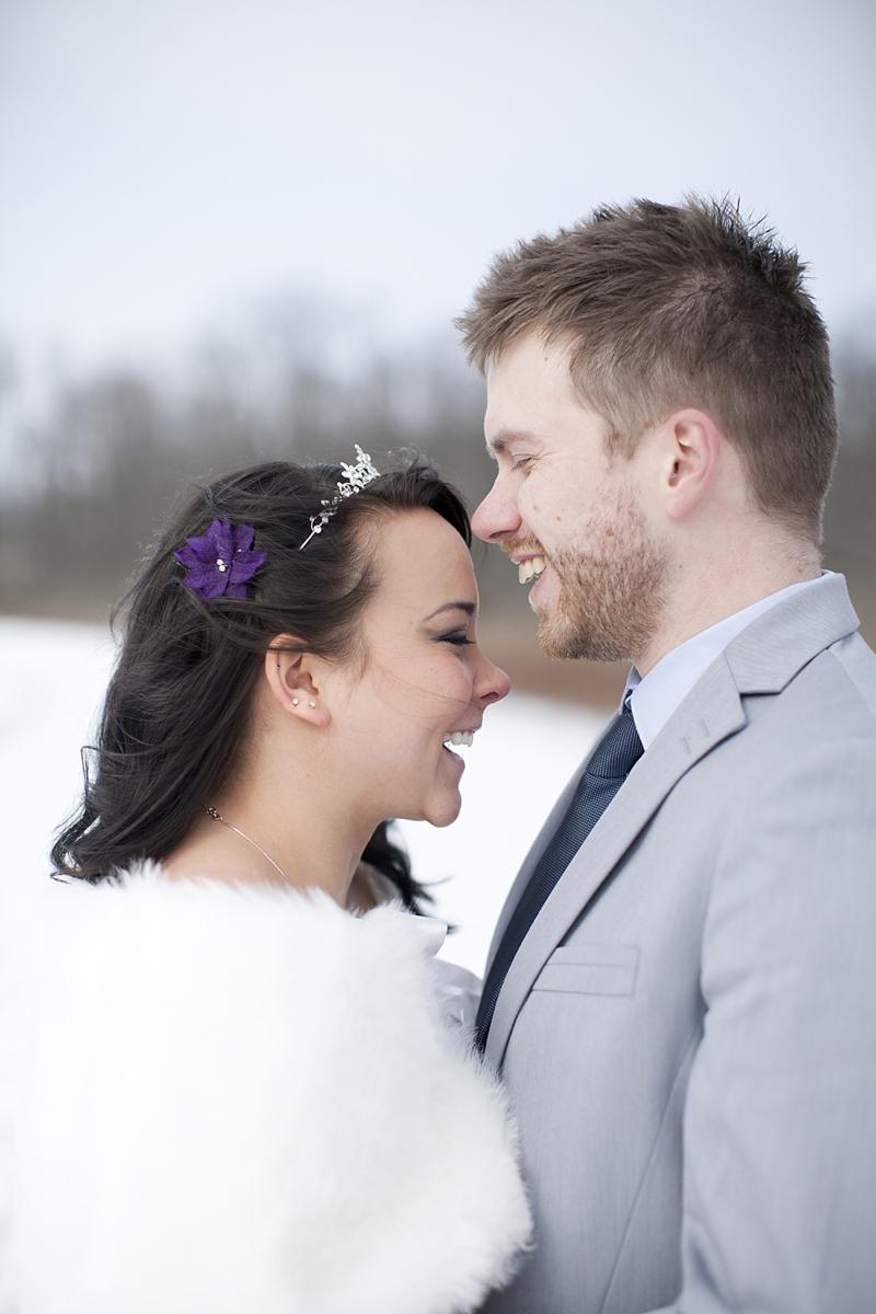 winter wedding photo 19.jpg