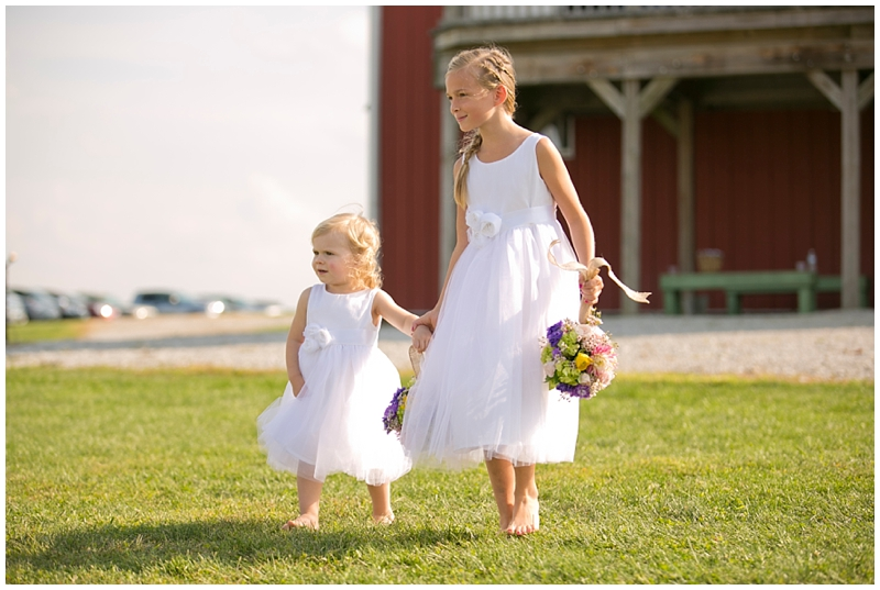 Those flower girls!!!! And don't get me started on the hanging bouquets!
