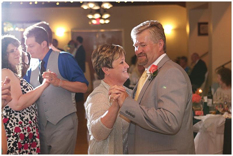 Clintonville Women's Club Wedding110.jpg