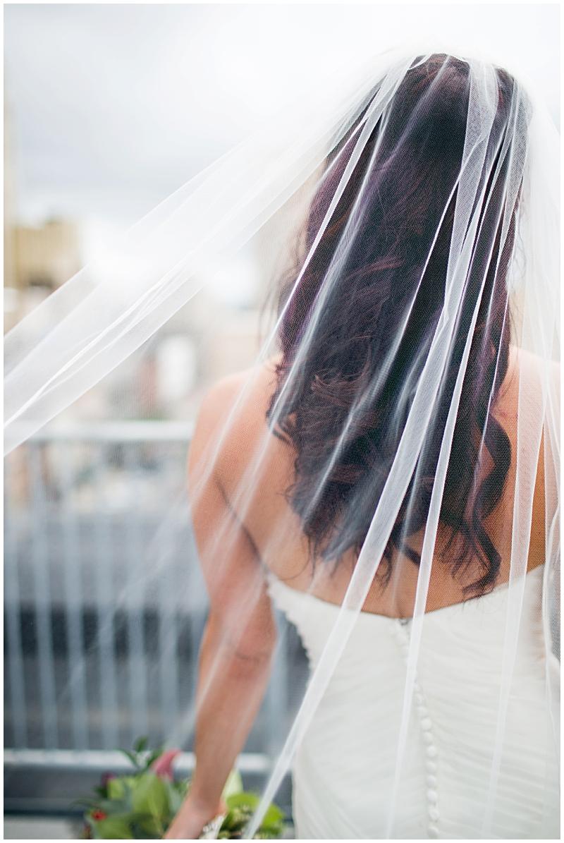 The Vault Fun Columbus Wedding025.jpg