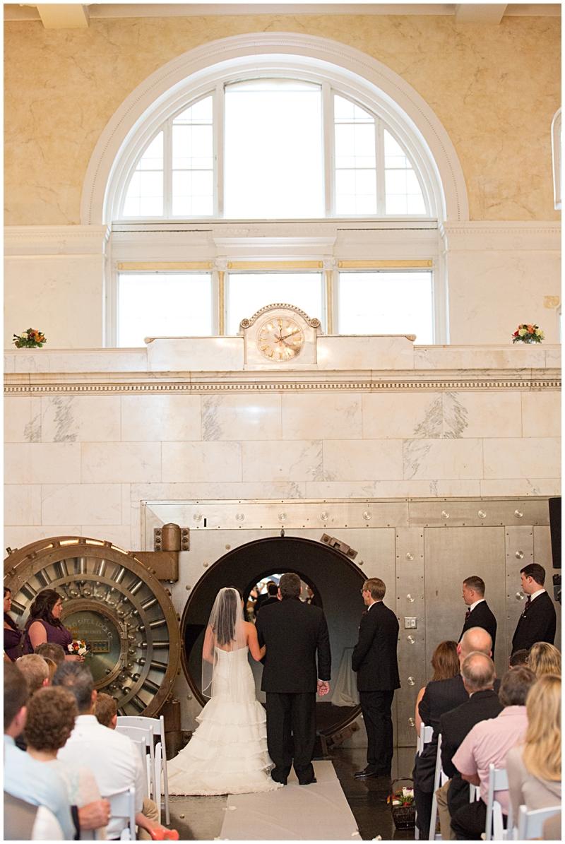 The Vault Fun Columbus Wedding042.jpg