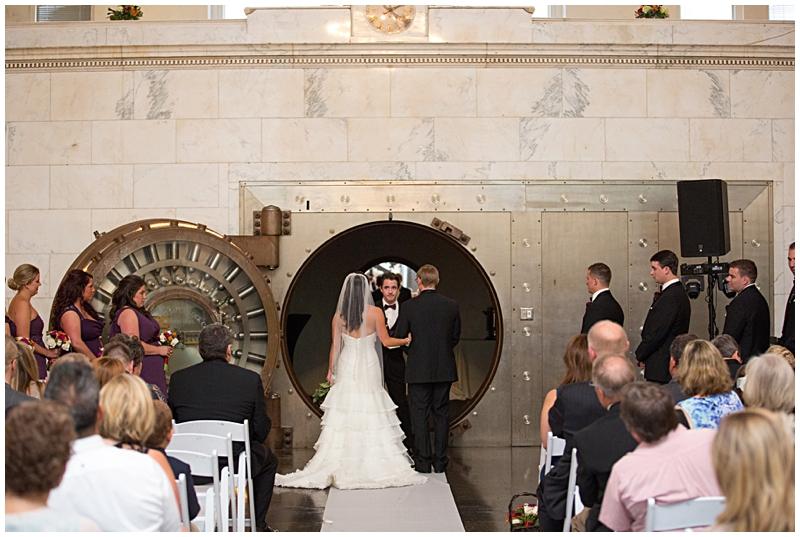 The Vault Fun Columbus Wedding043.jpg