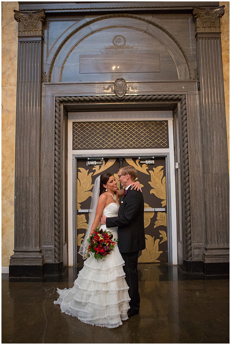 The Vault Fun Columbus Wedding050.jpg