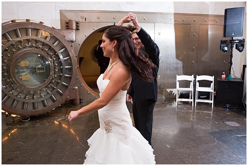 The Vault Fun Columbus Wedding082.jpg