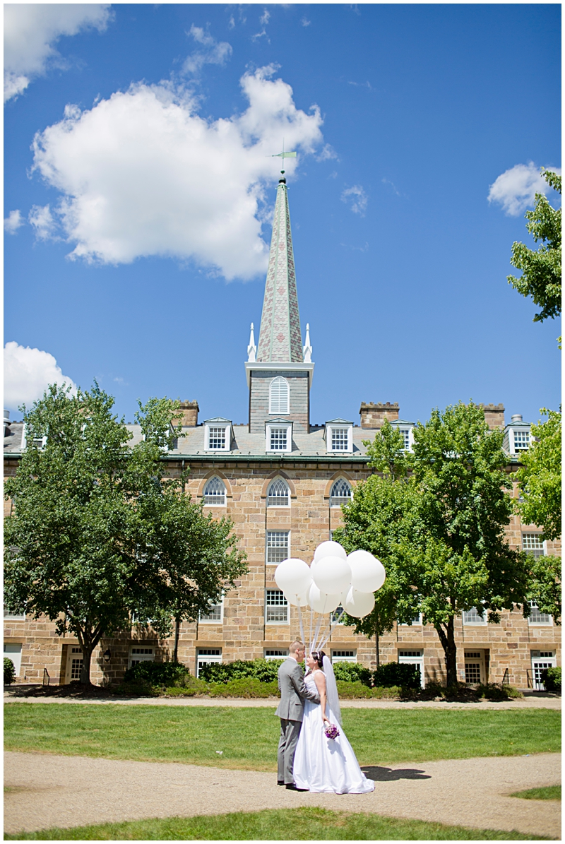 Kenyon College Balloon Wedding0032.jpg