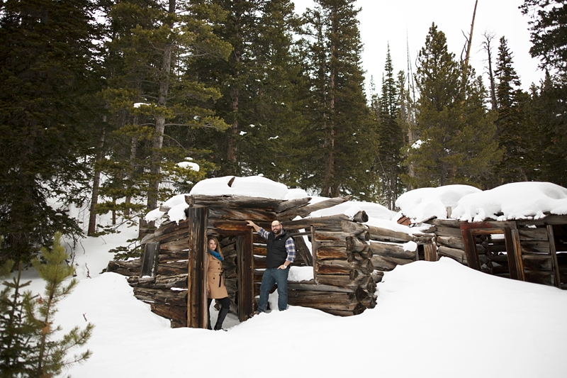 Destination Denver Colorado Engagement mountains log cabin_0016.jpg