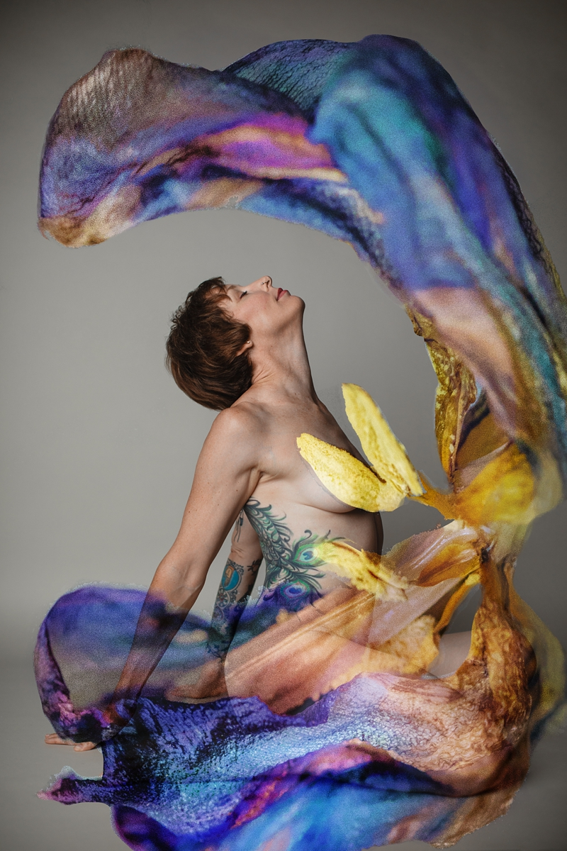 ANGELA FORTIN STUDIO Femme Floral PORTRAIT_0226.jpg