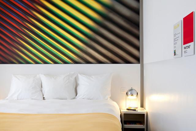 pantone-hotel-20.jpg