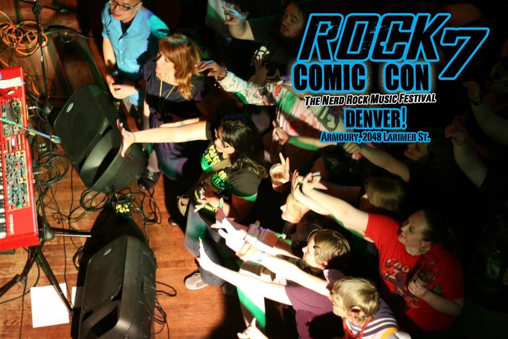 4-RockComicCon_Crowd_Birdseye.jpg