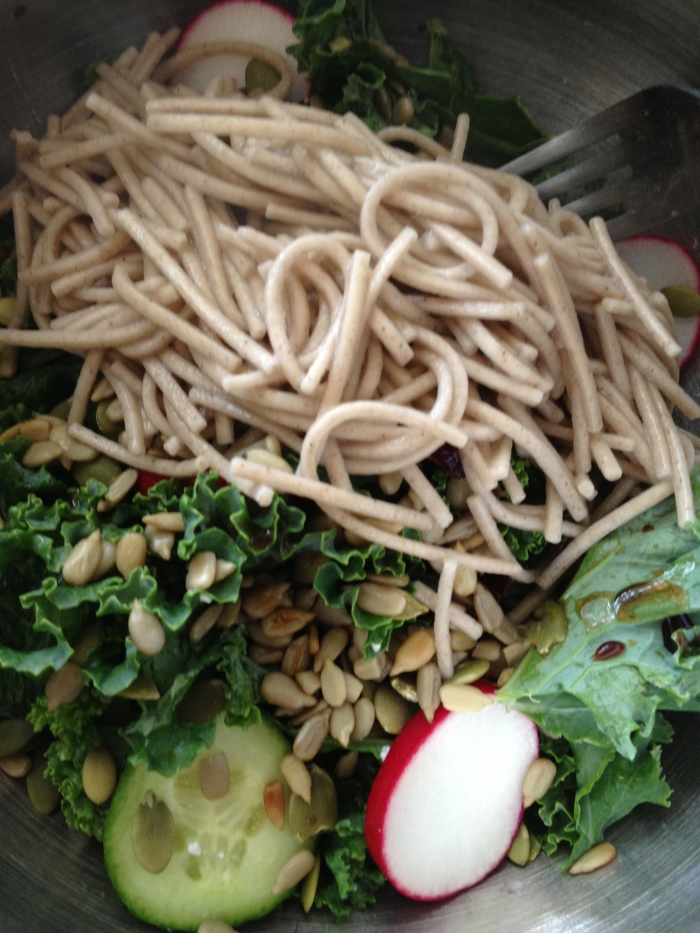Kale salad with soba noodles