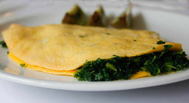 kale and garlic omelet recipe