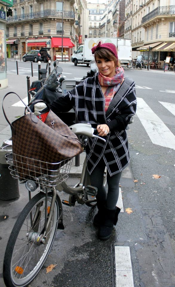 Biking in Paris. Forgot my coat in Germany, so had to pile on everything I brought, hence the weird outfit. Wearing: pimie headband (old), f21 scarf (old), Elizabeth & James cardigan (similar),  Anthropologie cocoon sweater (similar), f21 leggings, cardy uggs.