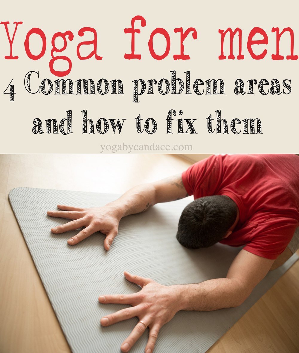 Pin it! 4 common problems men have in yoga, and how to fix them. Wearing: BDG t-shirt, Nike compression shorts, Lululemon shorts