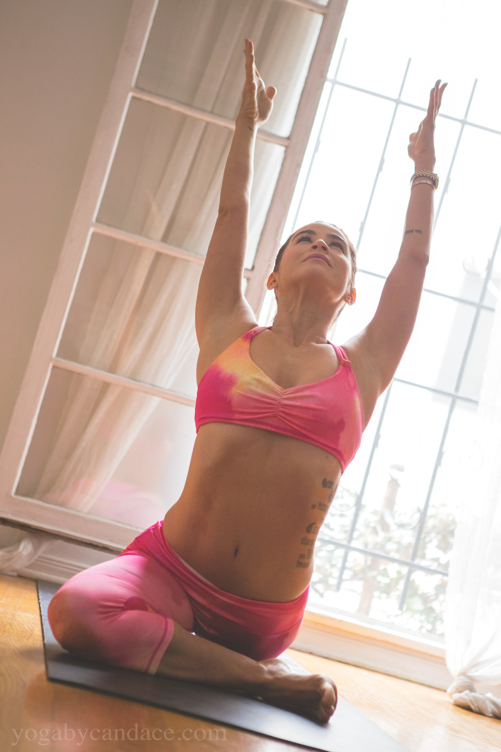 Pin it! Pigeon pose  Wearing:  Vibe bra  &  crops  c/o Free People. Using:  Gaiam mat .