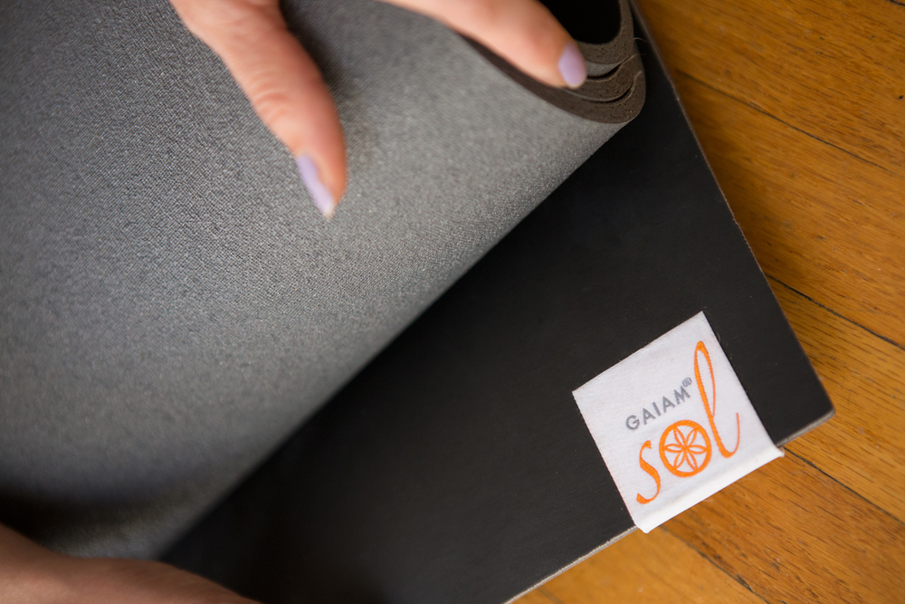 Pin it! Giving away a Gaiam sol dy grip yoga mat!