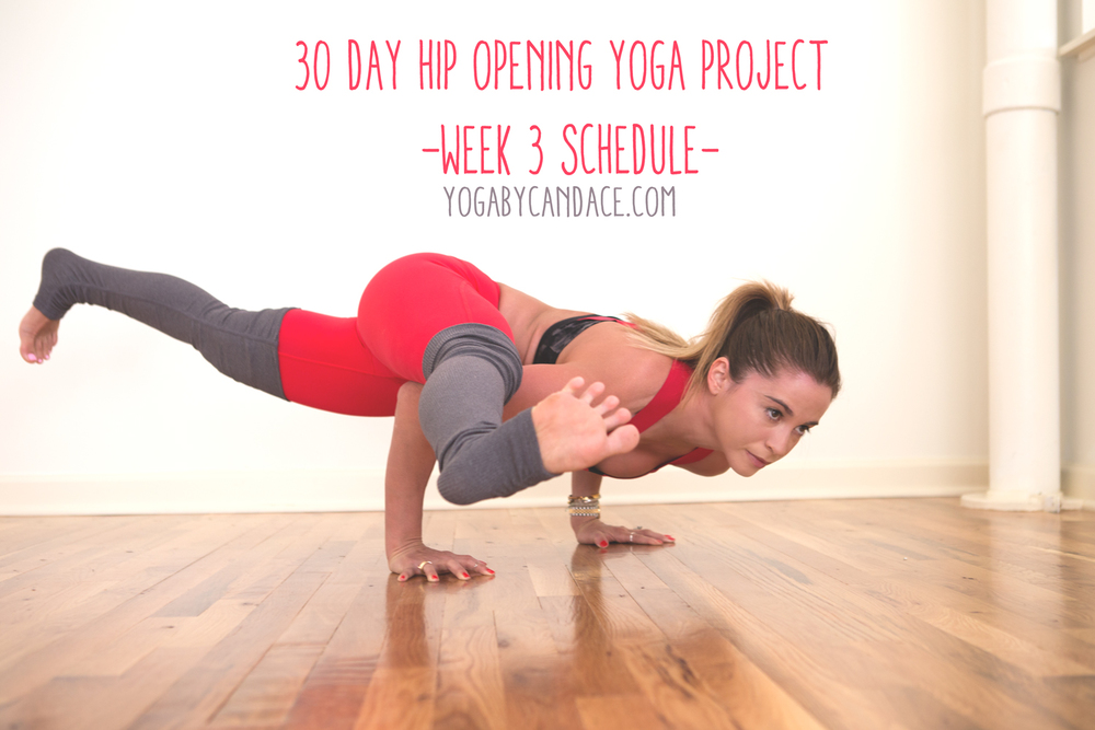 Pin now, practice later! 30 day yoga program for tight hips.  Wearing:  alo yoga pants ,  bra .