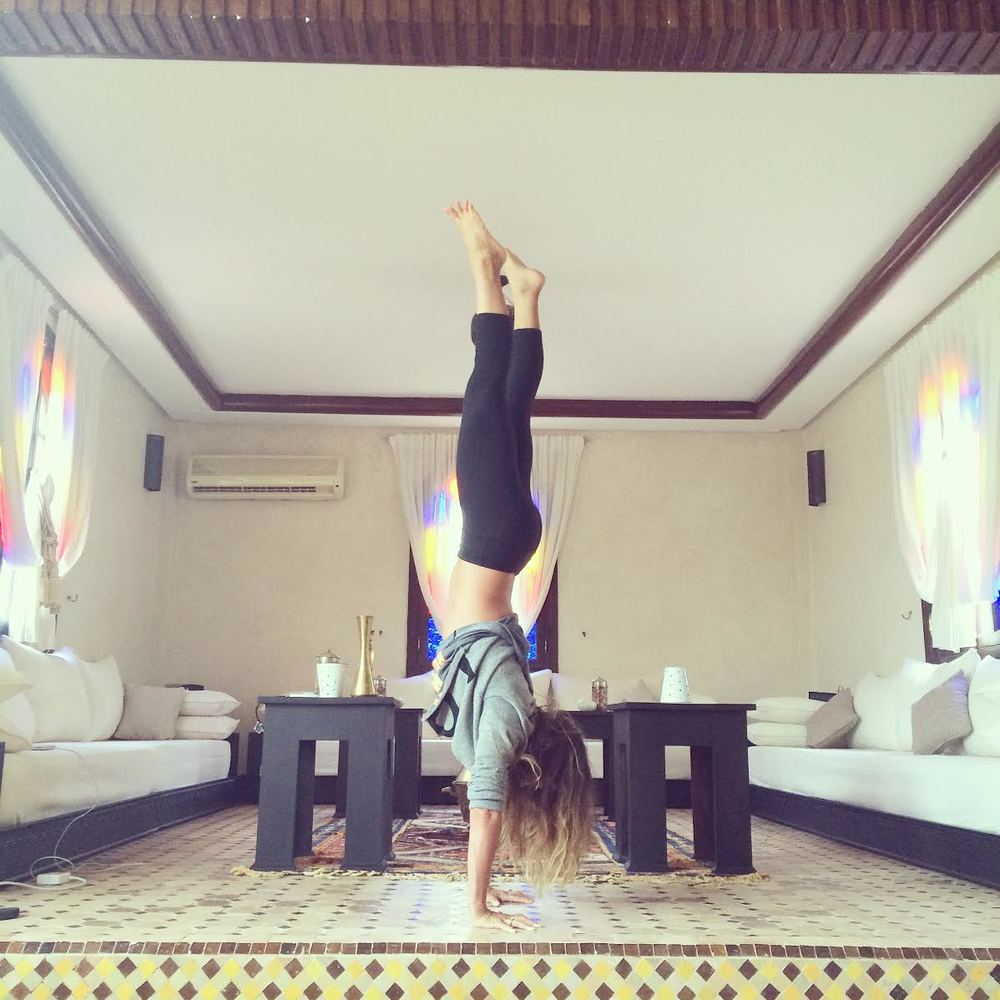 Pin it! Handstand in Morocco  Wearing:  leggings , cropped love sweatshirt ( similar ).
