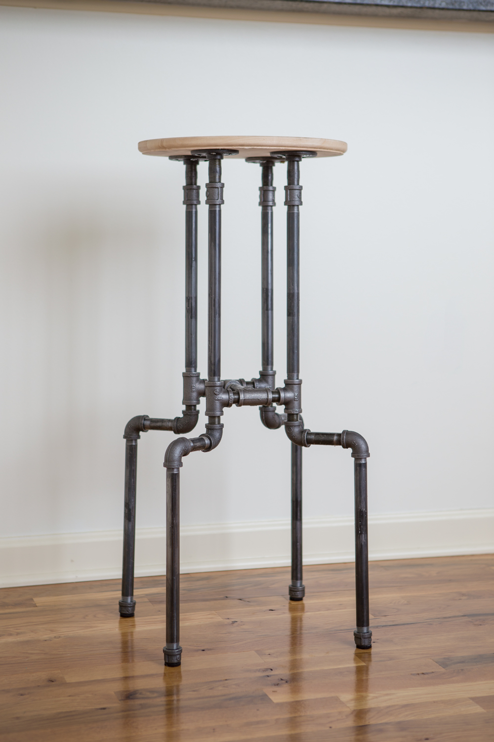 Diy Industrial Bar Stool Yogabycandace