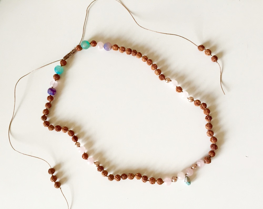 mala headpiece