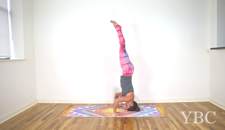 30 Minute Creative Power Yoga Flow Video Yogabycandace