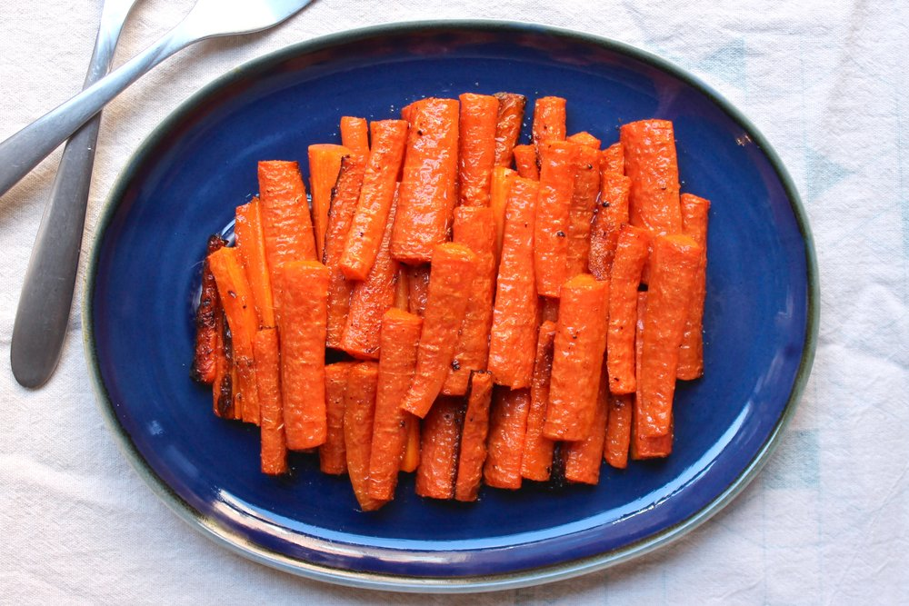 Cumin-Garlic Roasted Carrots