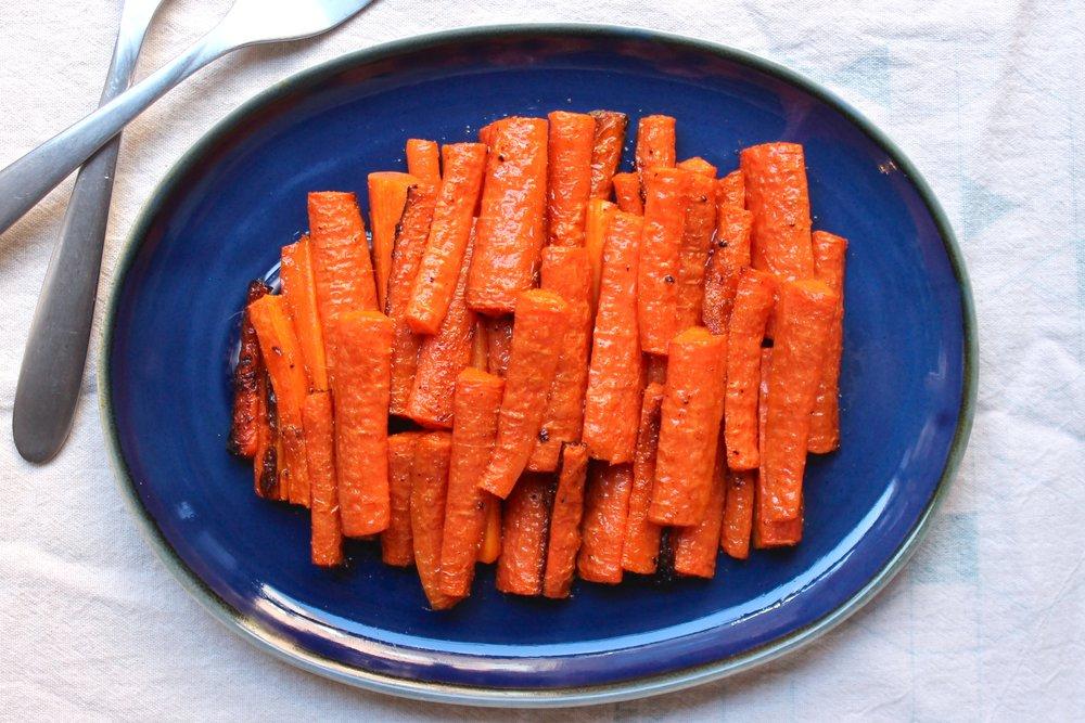 Cumin-Garlic Roasted Carrots