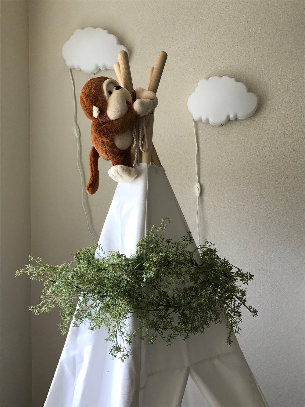 Nursery-Unveiling-TeePee