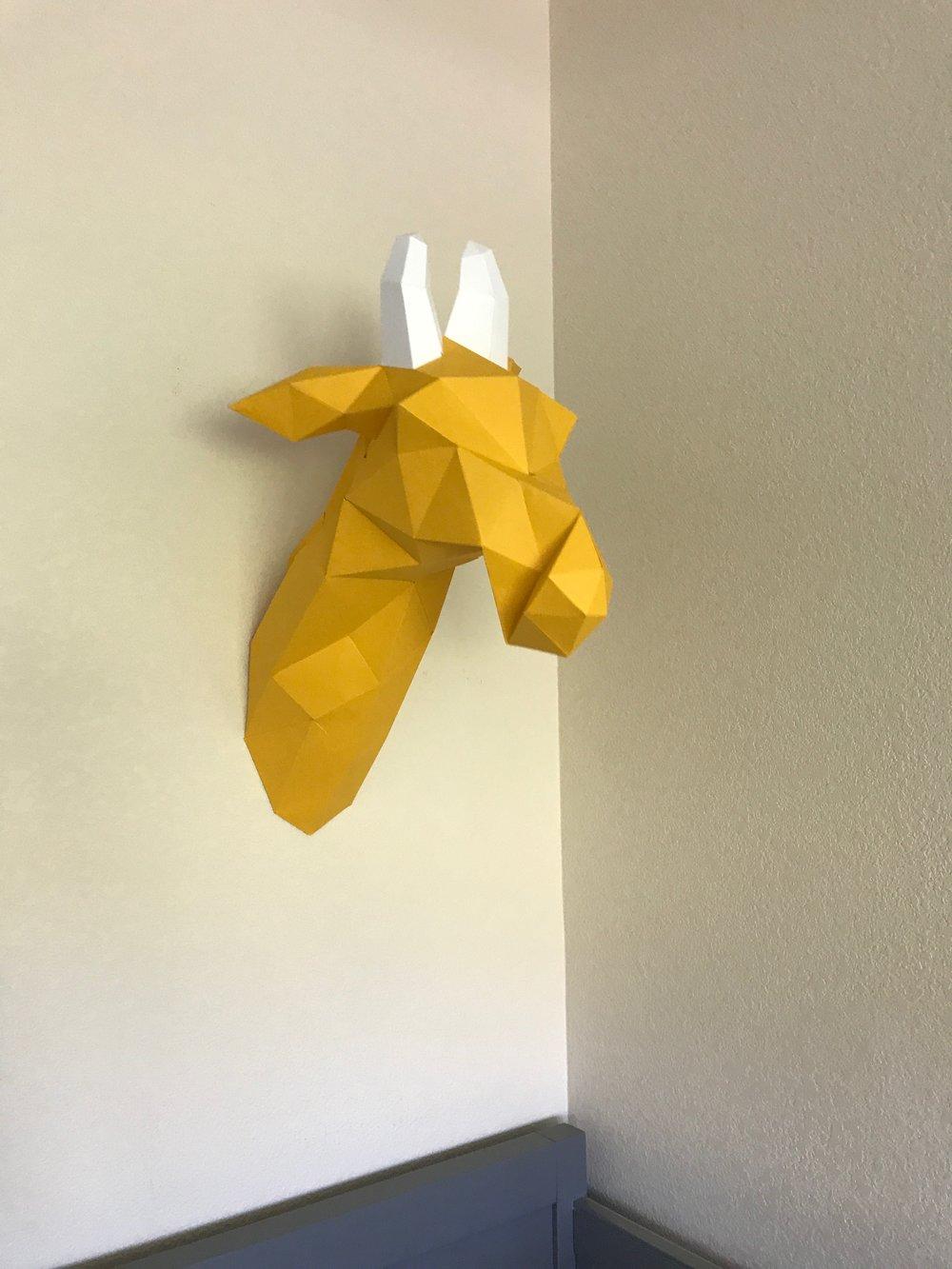 Nursery-Unveiling-Giraffe-Mount