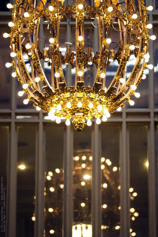 chandelier lg.jpg