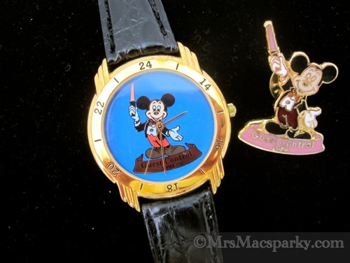 My Disney Time - Week 12: Guest Control Watch plus coordinating Disney Pin