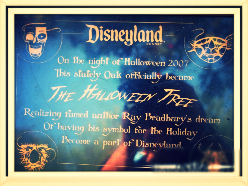 In the book,   each chapter is marked by a drawing of a different Halloween mask. The corners on this Halloween Tree plaque celebrate some of those images.