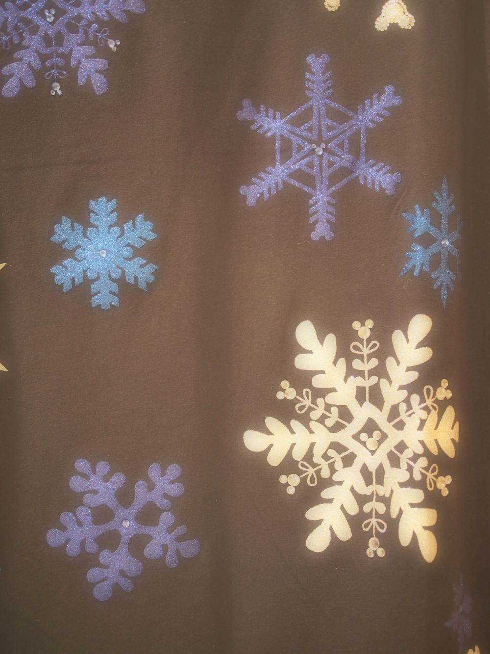 Snowflake tee