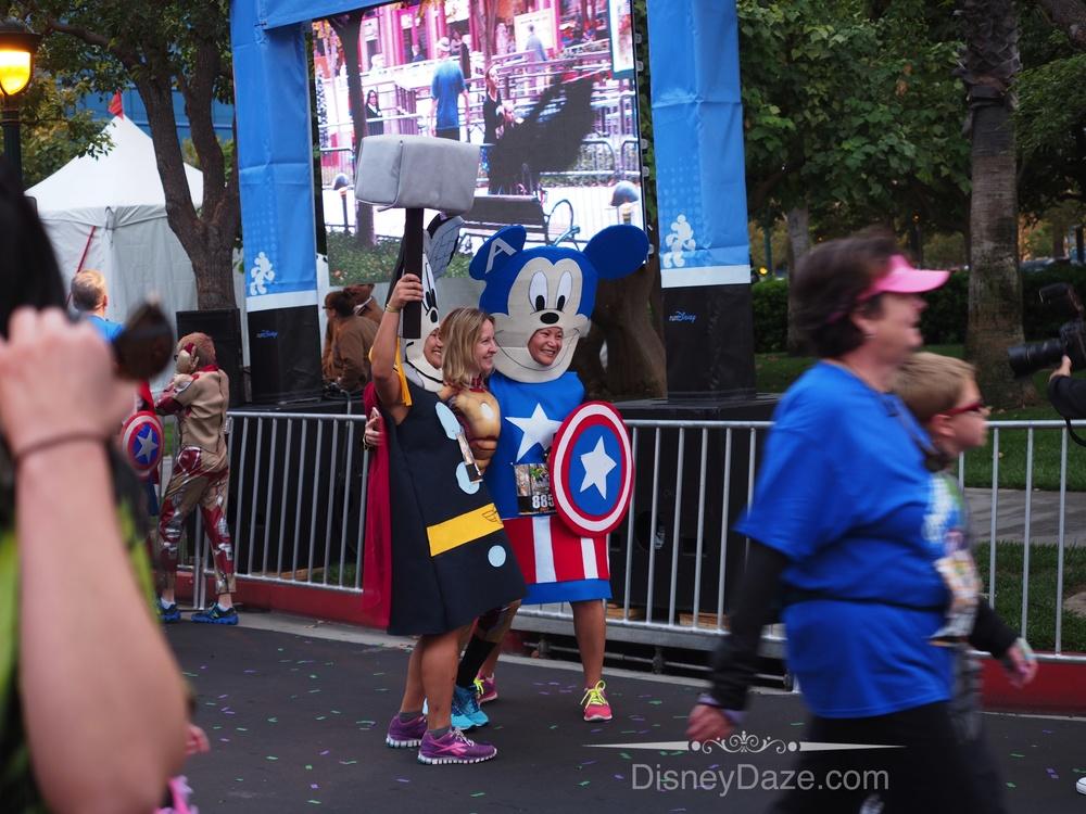 Mickey & Minnie as Superheros