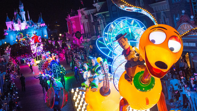 Photo from Hong Kong Disneyland - Disney Paint the Night parade.