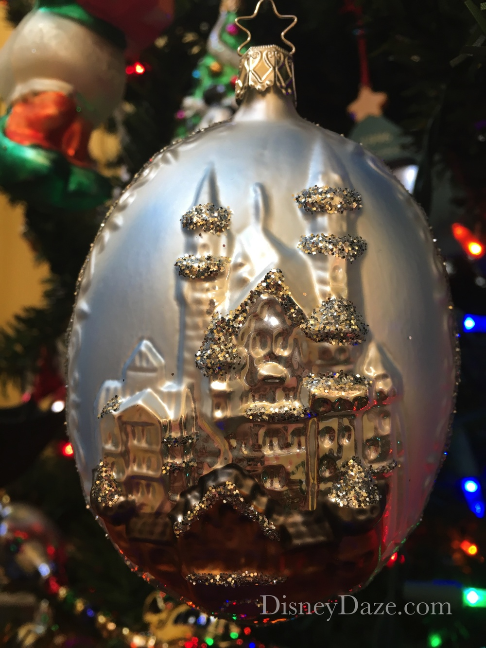 12 days of disney christmas: day 8 - castle ornaments — disneydaze