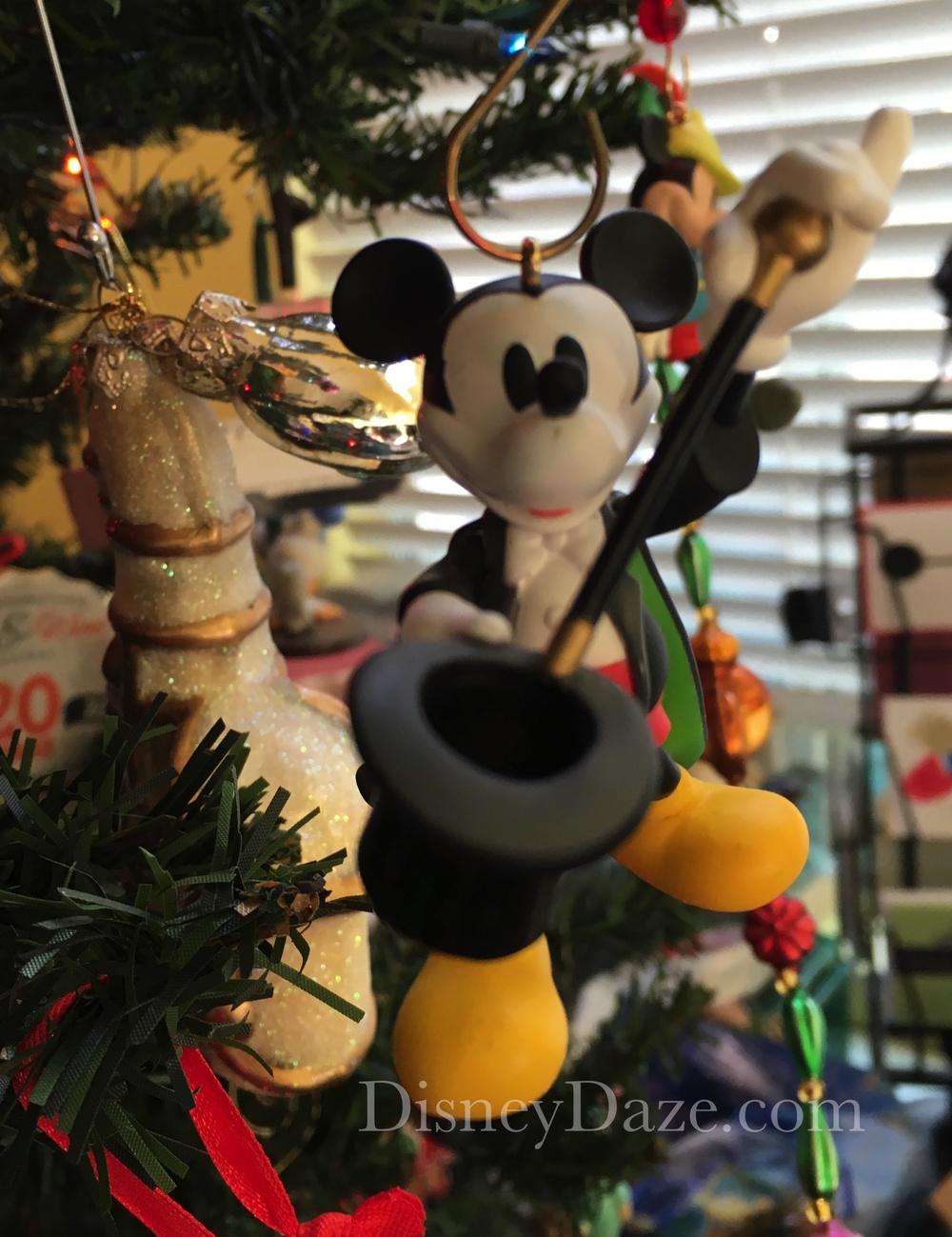 2012 Magician Mickey