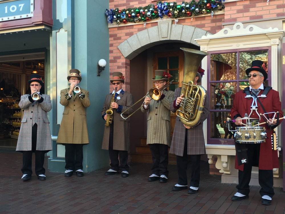 Main Street atmosphere entertainment