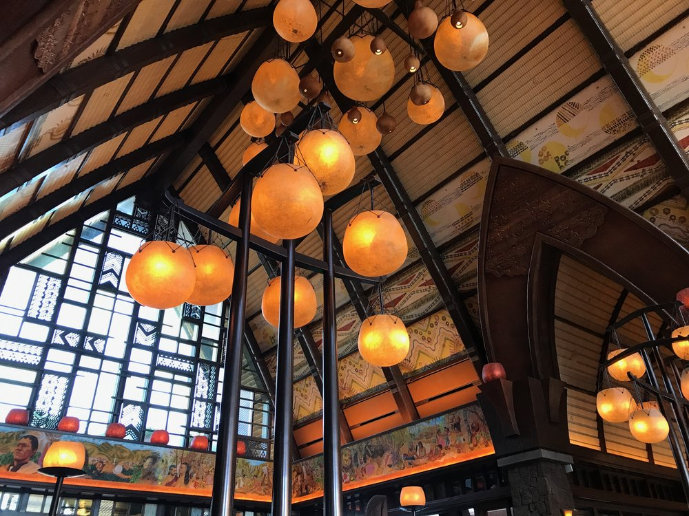The Lobby, Maka'ala