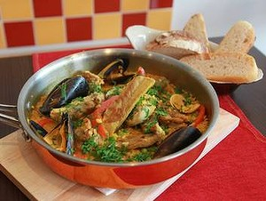 an-Paella-20from-20Sartargo-20reastaurant-20120730112324658622-300x0.jpg