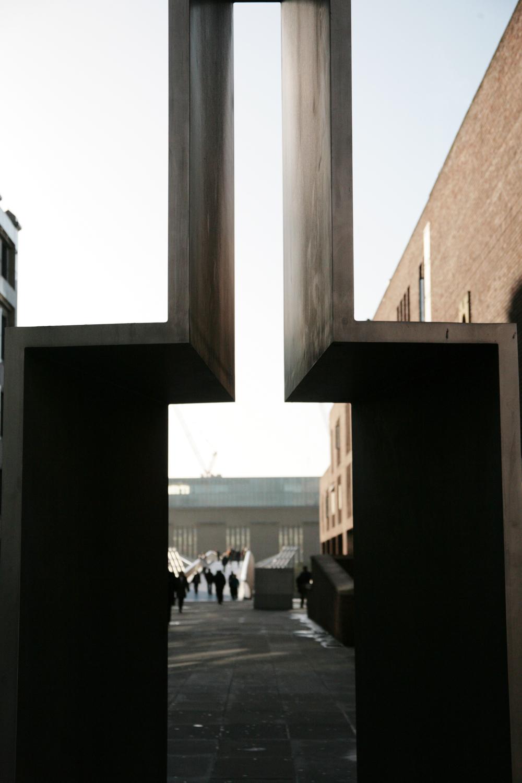 Gates Millennium Bridge.jpg
