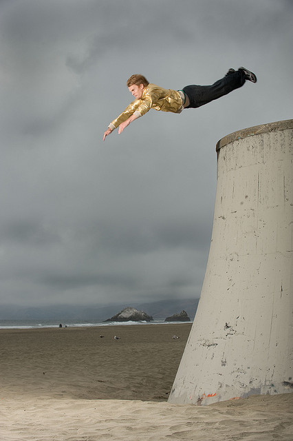 Photo by Mark Madeo.  markmadeo.com   Parkour traceur: Brian Orosco, San Francisco.