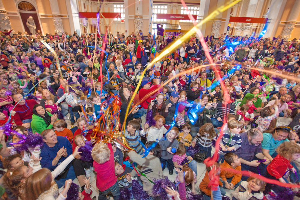 """Please Touch Museum, Annual Children's New Year """"Countdown to Noon"""" Event, Photo by G. Widman for GPTMC"""