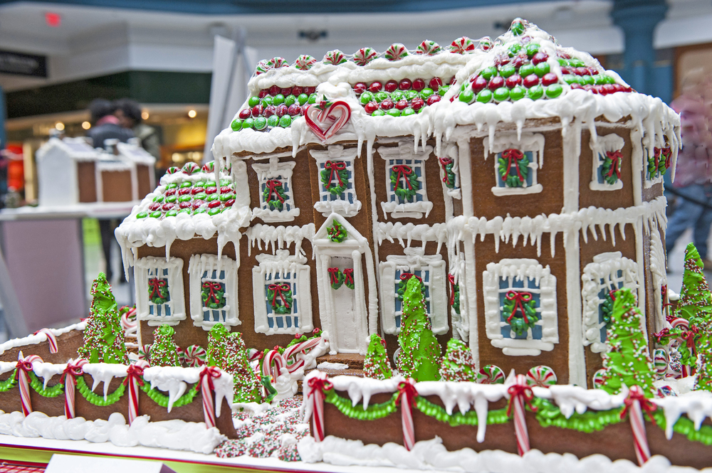 Laurel Hill Mansion Gingerbread Model Photo by Anthony Sinagoga