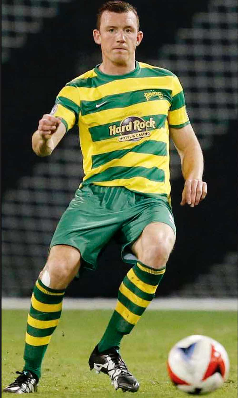 GETTING ROWDIE:  NEILL COLLINS DURING HIS TAMPA Bay DEBUT. PiCTURE:   Matt May/Tampa Bay Rowdies