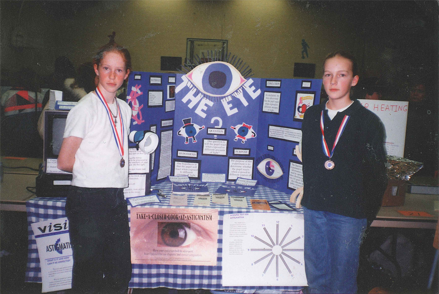 kate and mel the eye science fair project little kids.jpeg