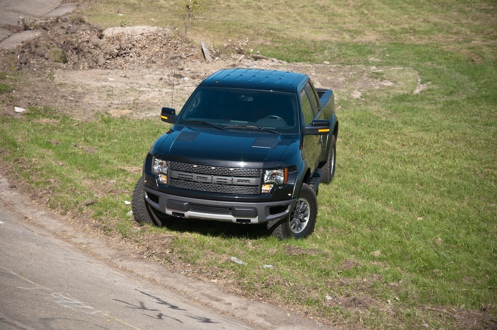 2010 ford raptor 6.2 (22 of 26).jpg