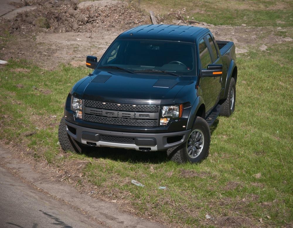 2010 ford raptor 6.2 (18 of 26).jpg